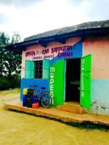Solomon's shop