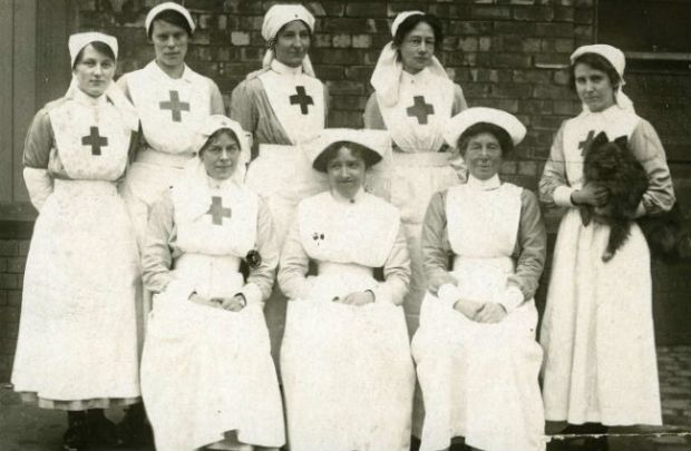 Nurses and VADs